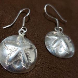 Jewelry - Sterling Sand dollar earrings